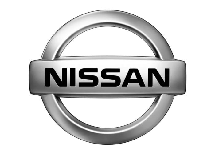 Nissan - интерьер  - всефото.рф