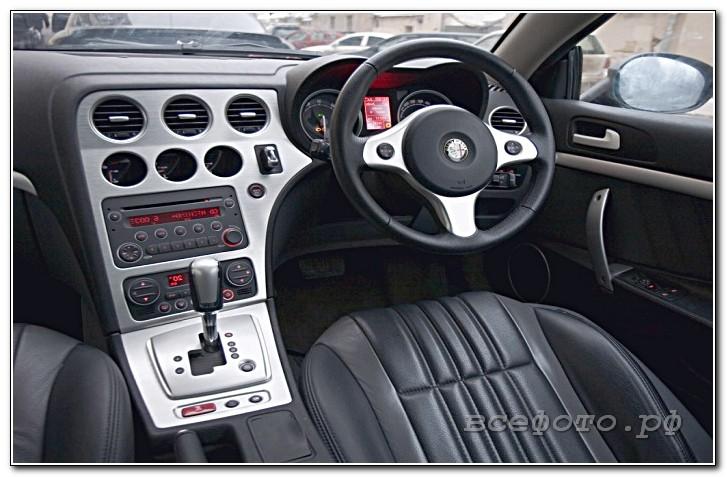 10 - Alfa Romeo