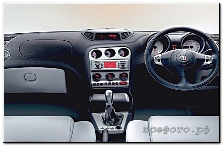26 - Alfa Romeo