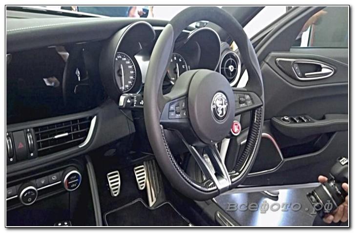 5 - Alfa Romeo