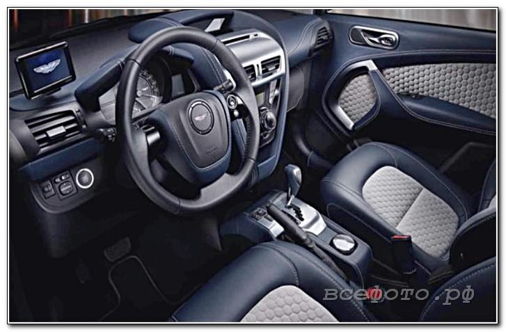 22 - Aston Martin