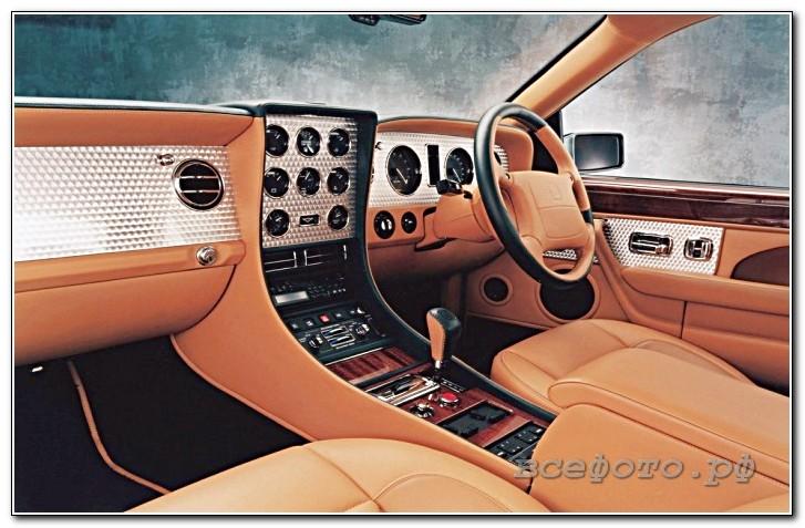 17 - Bentley
