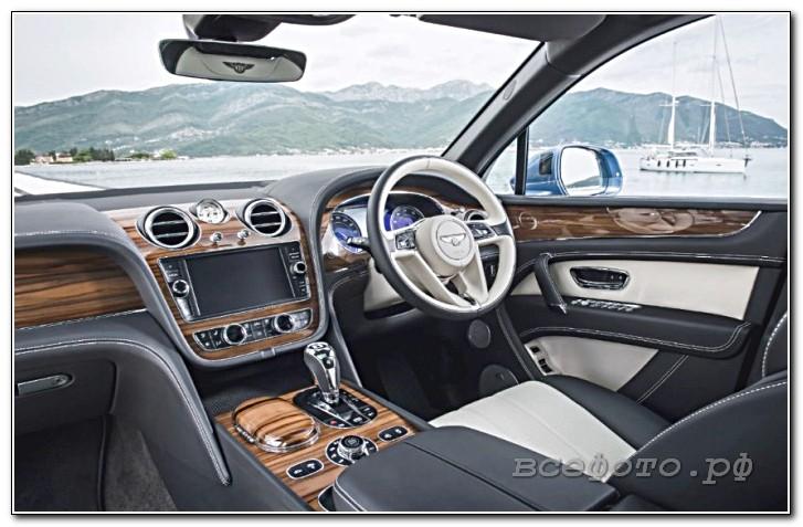 18 - Bentley