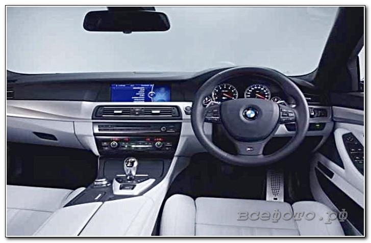 22 - BMW