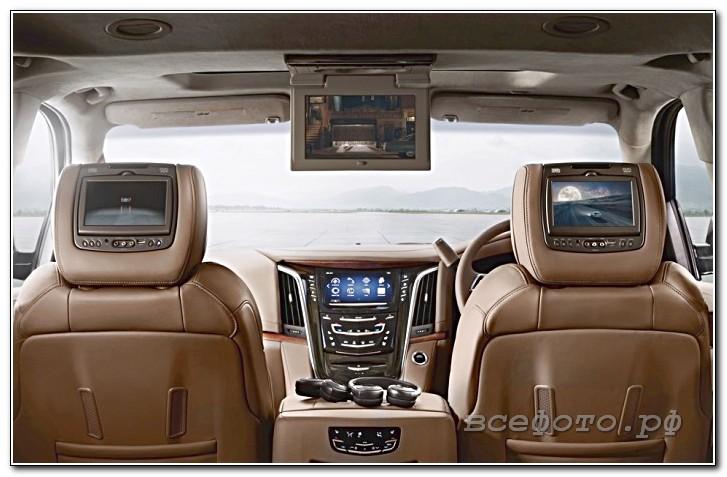 16 - Cadillac