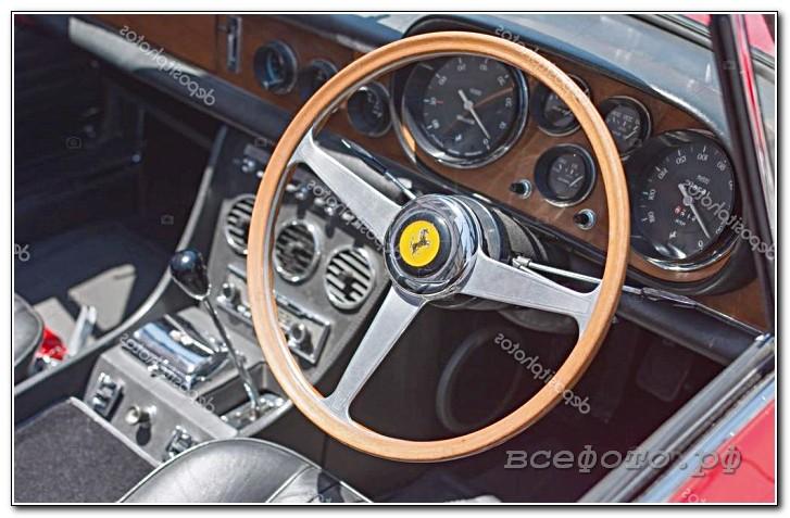34 - Ferrari