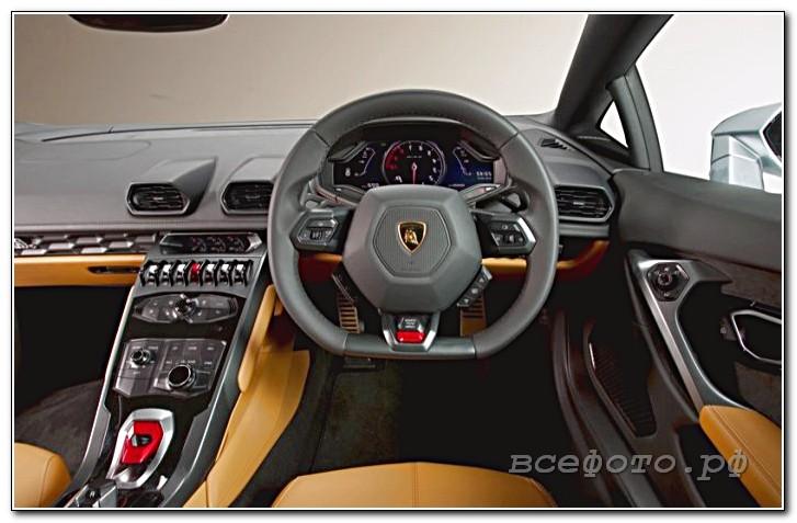 19 - Lamborghini
