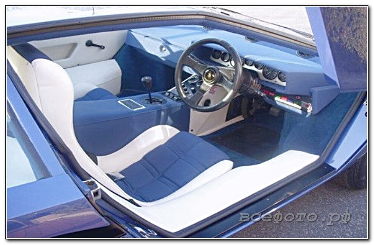 36 - Lamborghini