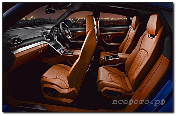 38 - Lamborghini