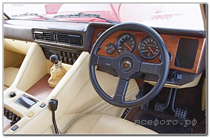 39 - Lamborghini