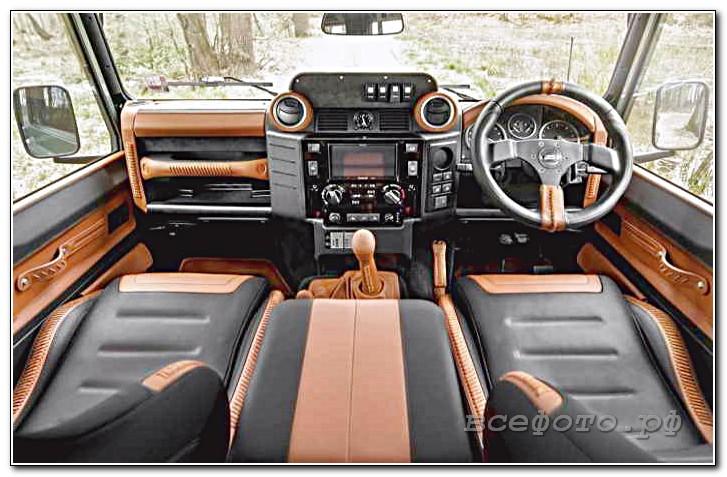10 - Land Rover