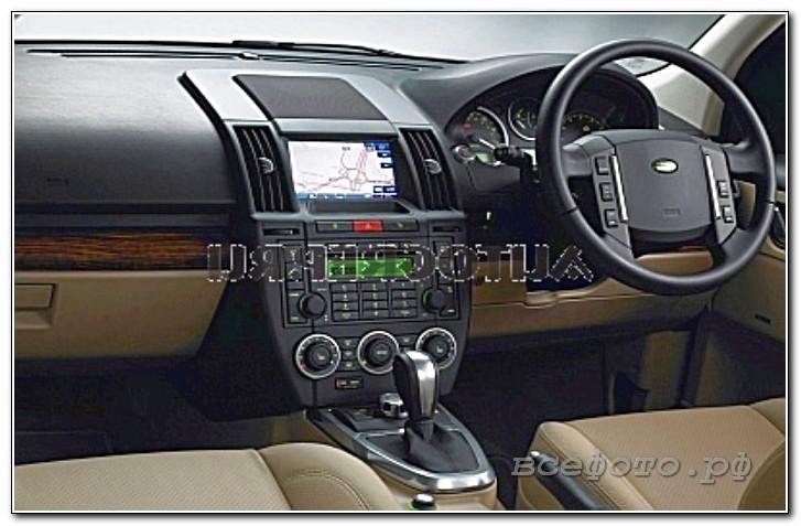 16 - Land Rover