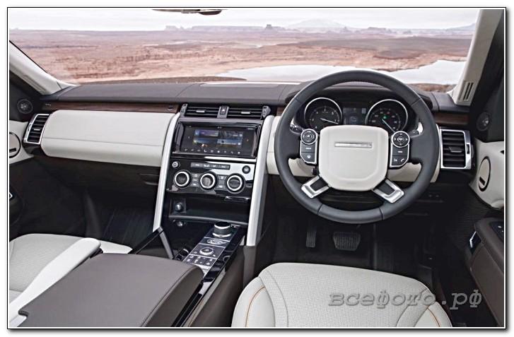 21 - Land Rover