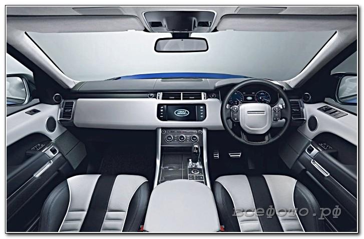30 - Land Rover