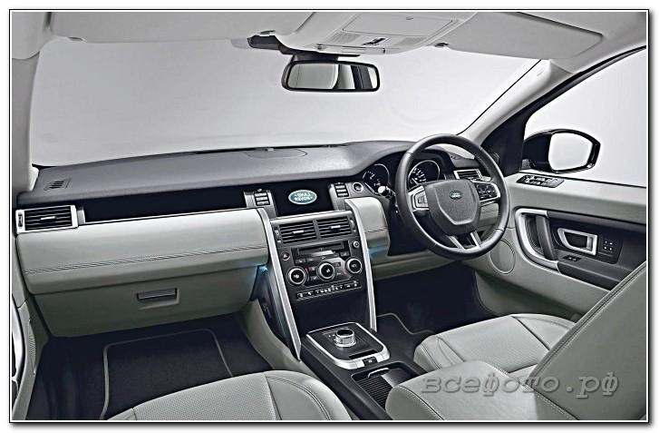 35 - Land Rover