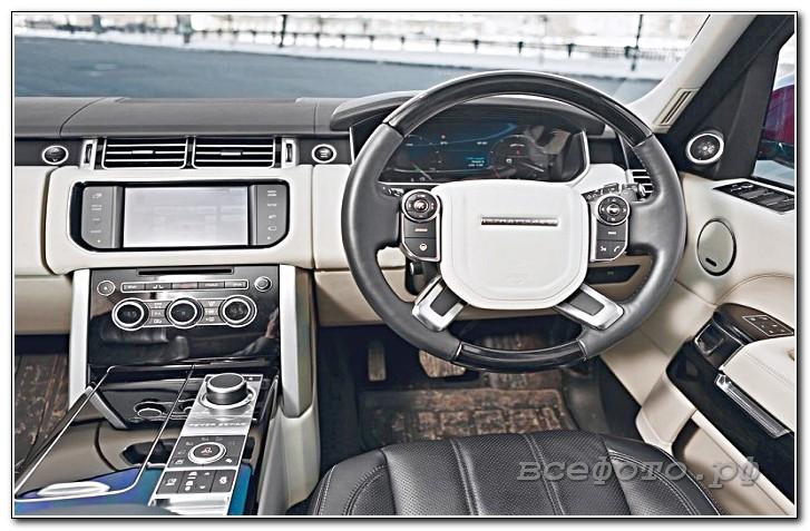 36 - Land Rover