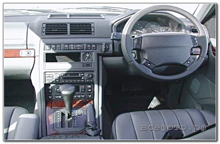 4 - Land Rover
