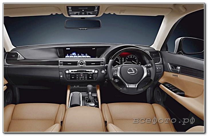 13 - Lexus