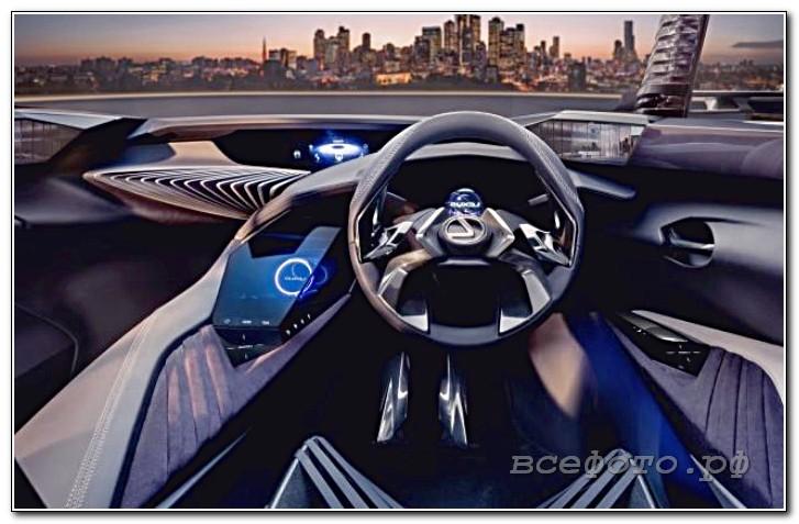 28 - Lexus