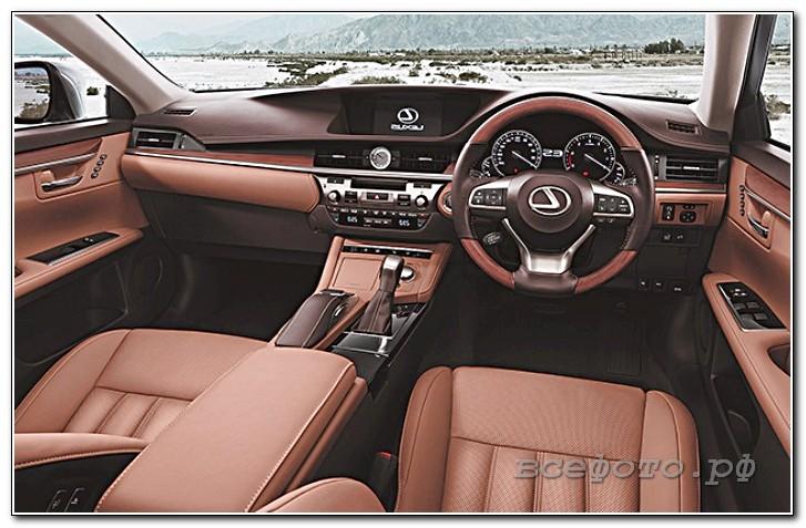 30 - Lexus