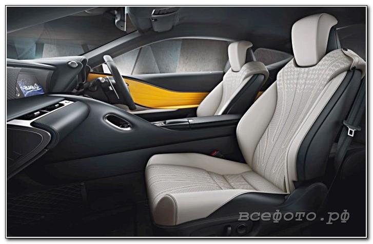 42 - Lexus