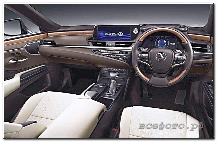 7 - Lexus