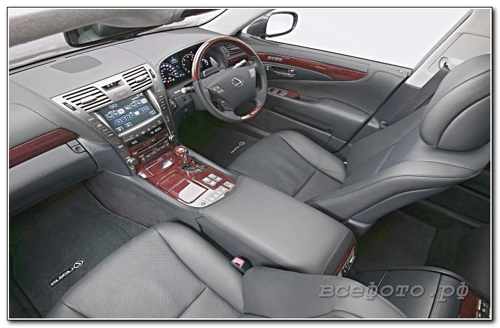 8 - Lexus