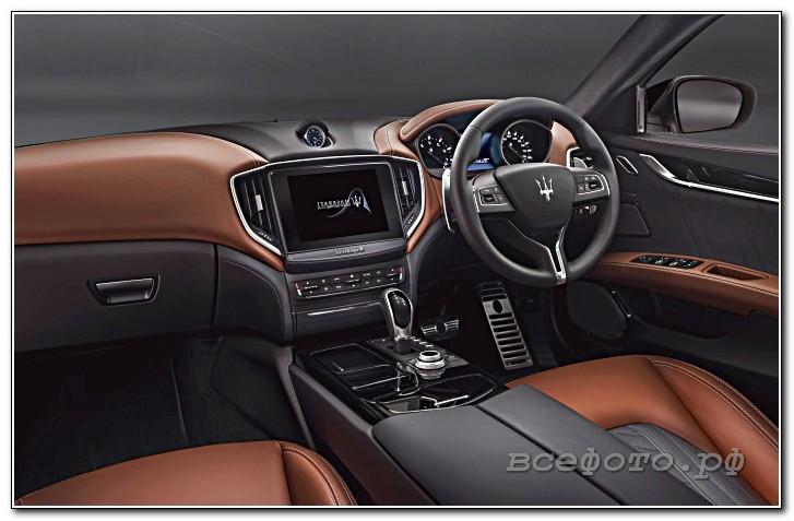 15 - Maserati