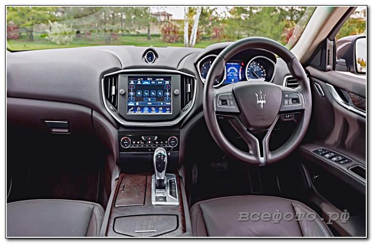 30 - Maserati