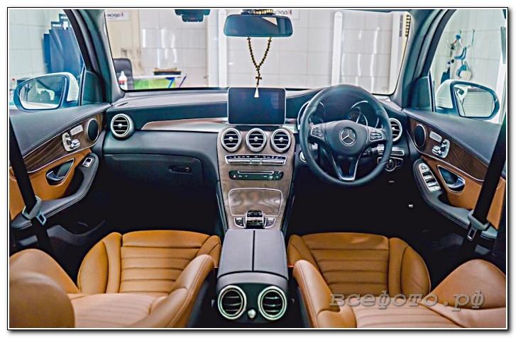 5 - Mercedes
