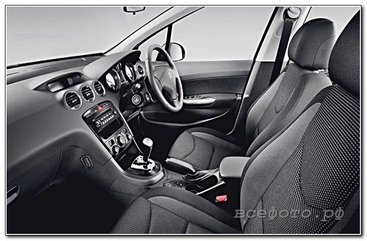 12 - Peugeot