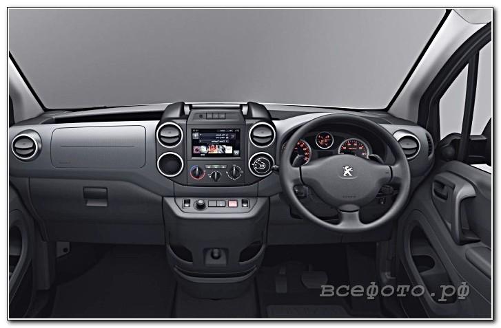 18 - Peugeot
