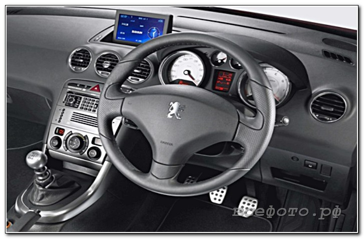 25 - Peugeot