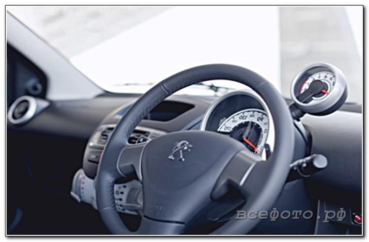 26 - Peugeot
