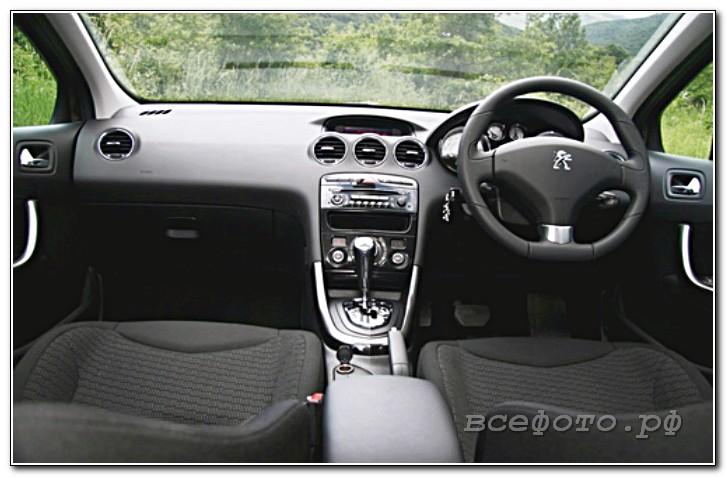 29 - Peugeot
