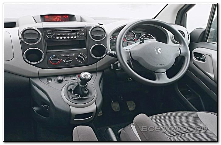 38 - Peugeot