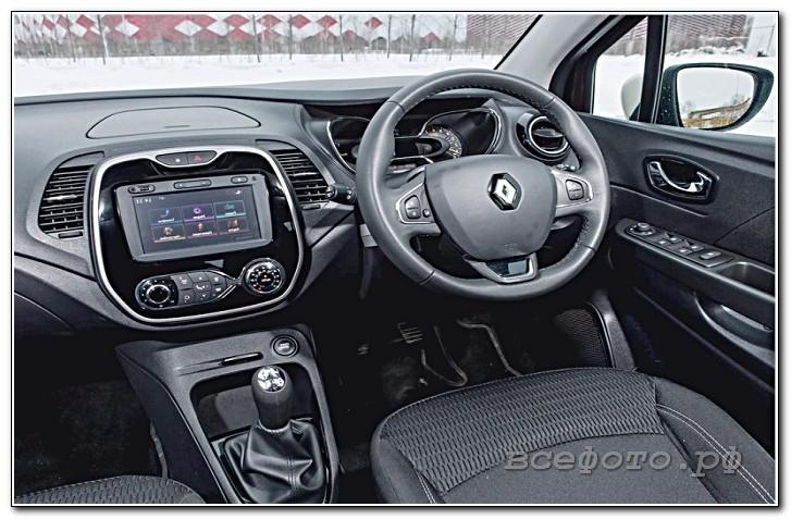16 - Renault