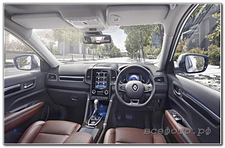 19 - Renault