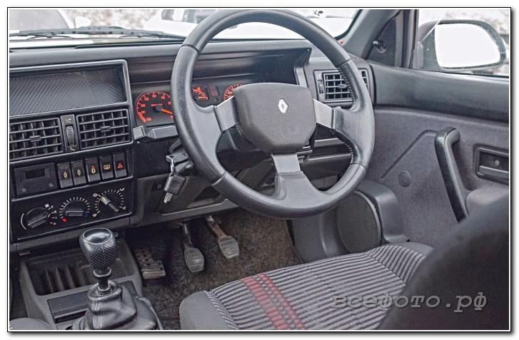 36 - Renault