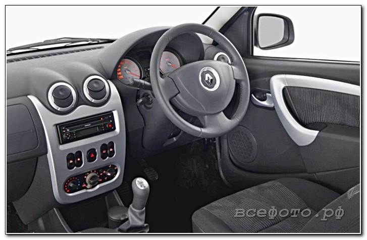 44 - Renault