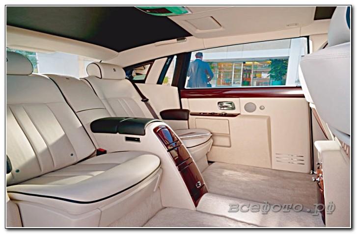 13 - Rolls-Royce