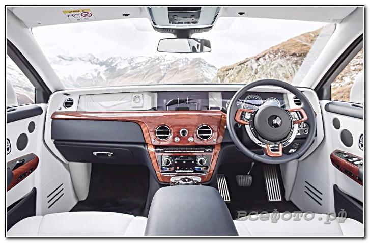 15 - Rolls-Royce