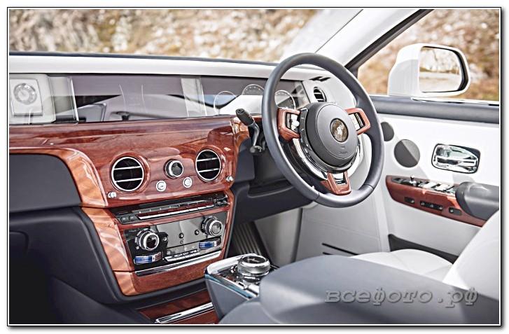 17 - Rolls-Royce