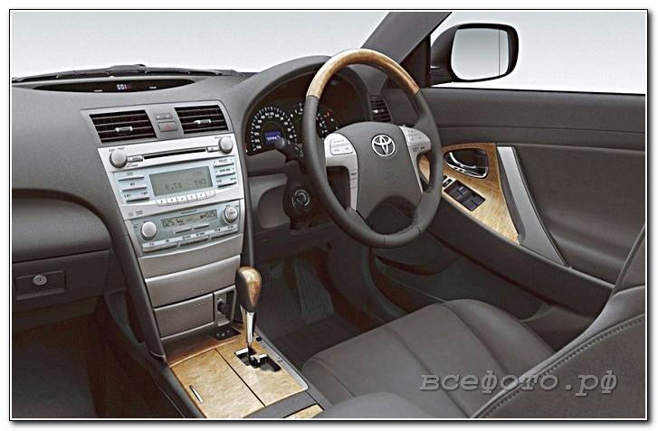 38 - Toyota